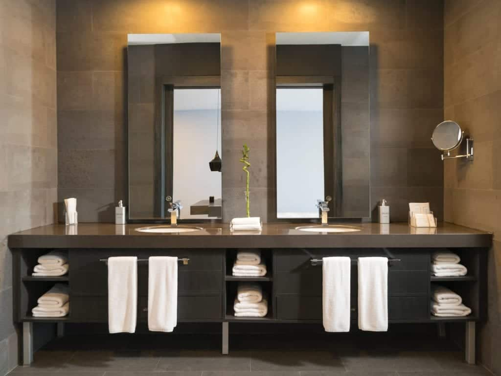 Small Bathroom Designs: Some Ideas For The Customization Of Your Bathroom